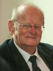 drs. Hein L. van Dolen